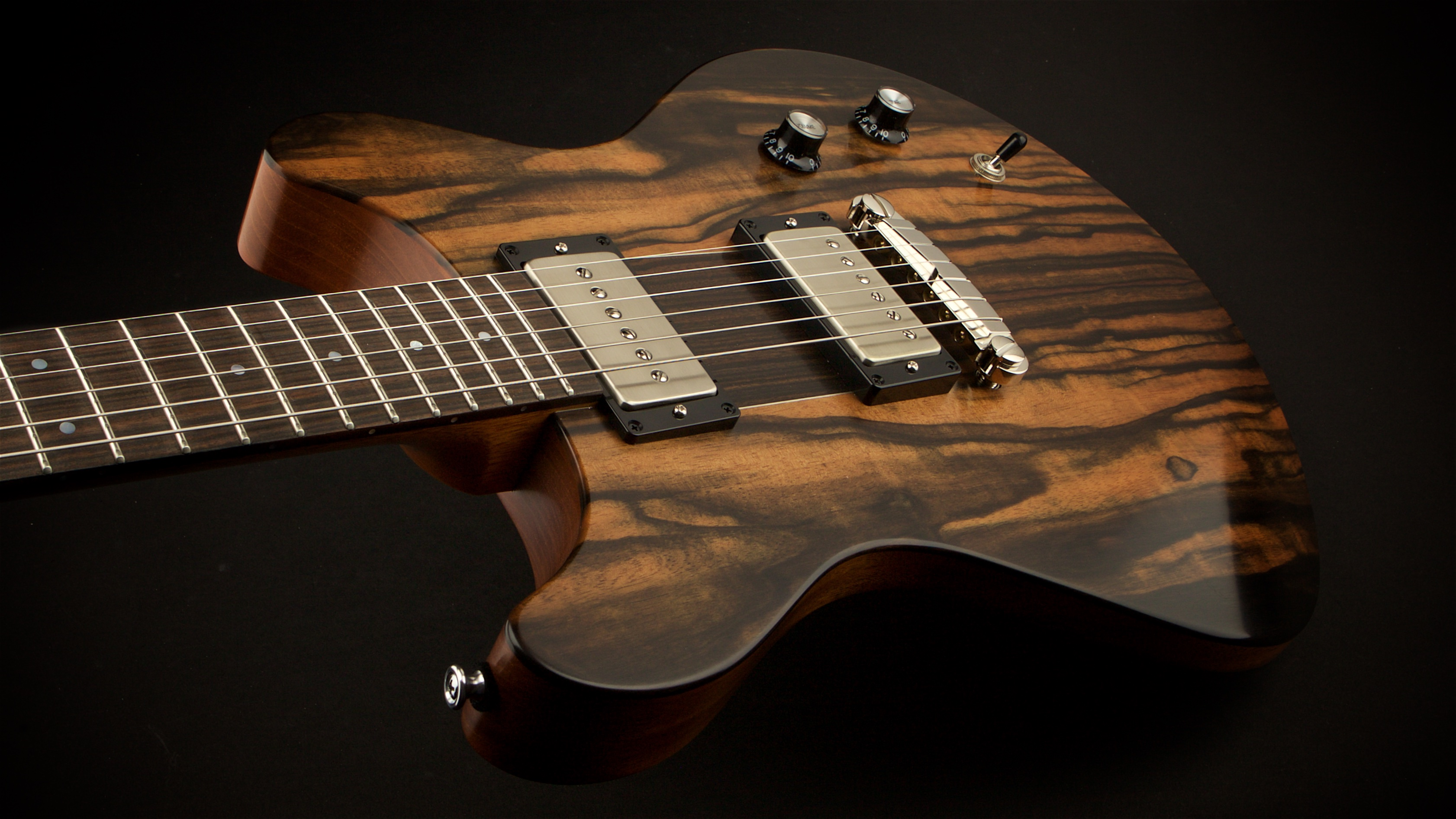http---worldguitars.co.uk-macon-contoured-macassar-ebony-182174